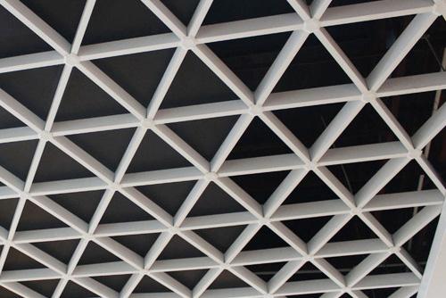 三角型格柵天花